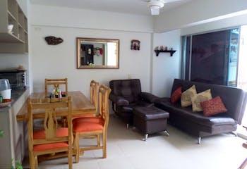 Apartamento en Santa Fe de Antioquia - 72mt, tres alcobas, balcón