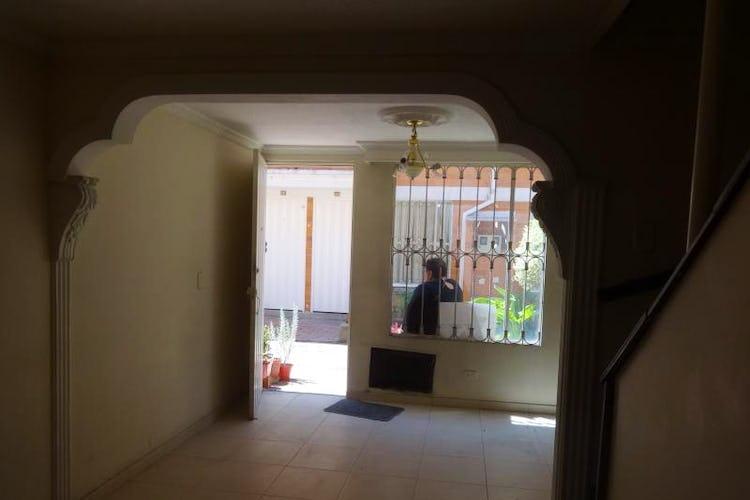 Portada Casa en Osorio, Kennedy con 4 habitaciones y estudio - 72.49 mt2.