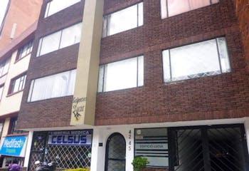 Aparta - estudio En Bogota - Chapinero Central, cuenta con una habitaciones
