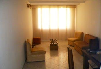 Apartamento en Calazans, La América con 3 habitaciones y parqueadero - 75 mt2.