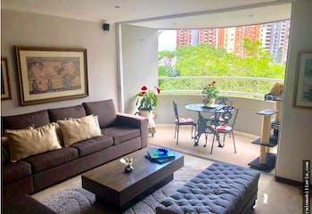 Apartarmeto en El Poblado, Provenza con 4 habitaciones y balcón - 154 mt2.