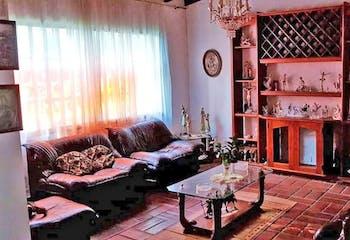 Casa en Conquistadores, Laureles con 10 habitaciones, piso 2 - 550 mt2.
