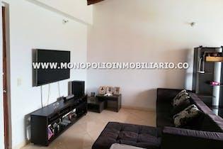 Apartamento en venta en Loma del Atravezado de tres habitaciones