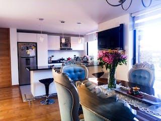 Una sala de estar llena de muebles y una planta en maceta en Venta casa San Luis-1496539