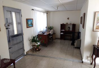 Casa en santa monica - 118 mts, 5 alcobas.
