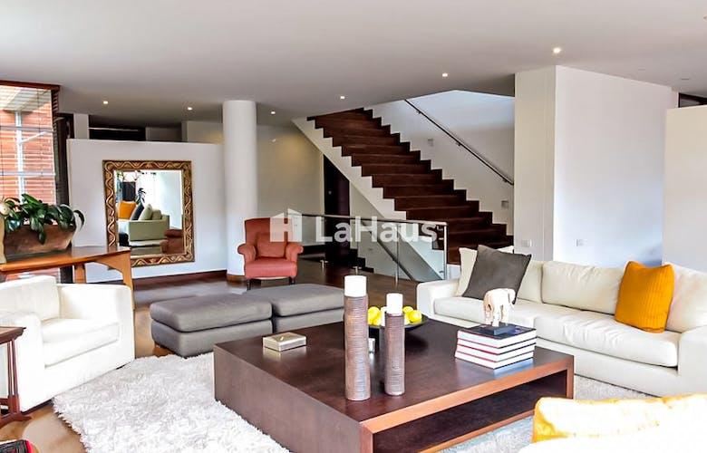 Foto 4 de Casa en Bella Suiza de 3 cuartos, 560 mts2
