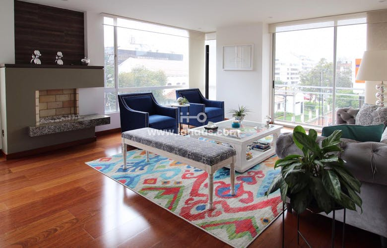 Portada Apartamento en Santa Barbara Occidental de 163 Mts más 3 Mts de balcón, tercer piso.