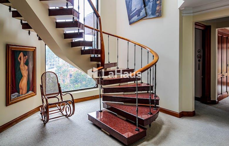 Portada Apartamento duplex en Rosales de 4 cuartos, 681 mts2