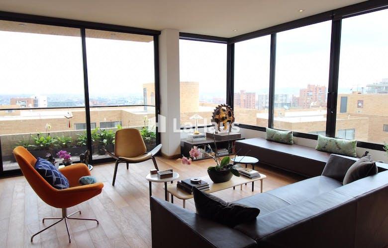 Portada Apartamento en Rosales de 2 cuartos, 175 mts + 7 mts de balcón