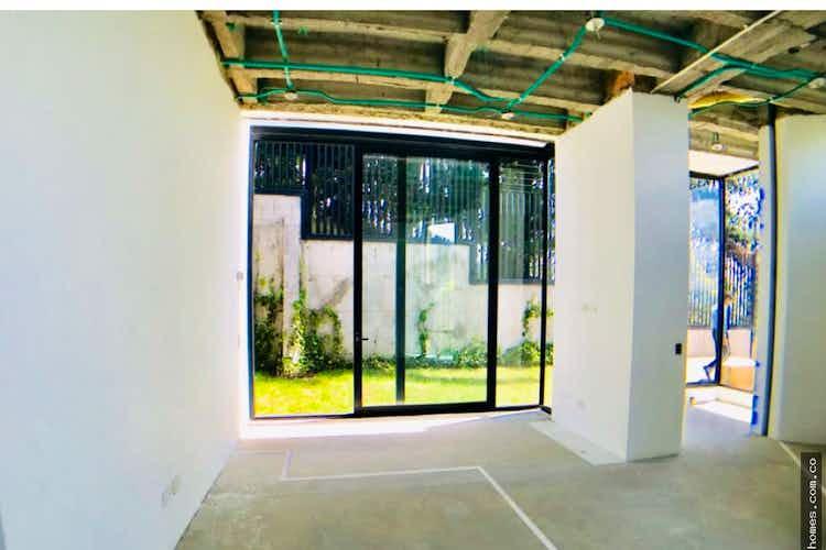 Portada Casa en Santa Ana, Bogota. Con 4 habitaciones-873mt2