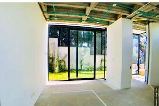Casa en Santa Ana, Bogota. Con 4 habitaciones-873mt2