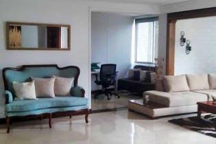 Apartamento en La Aguacatala, Poblado - 195mt, tres alcobas