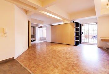 Apartamento en El Virrey de 73 Mts más 24 Mts de terraza, segundo piso.