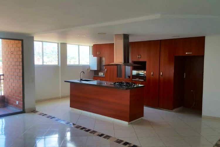 Portada Apartamento en Zuñiga, Envigado - Cuatro alcobas