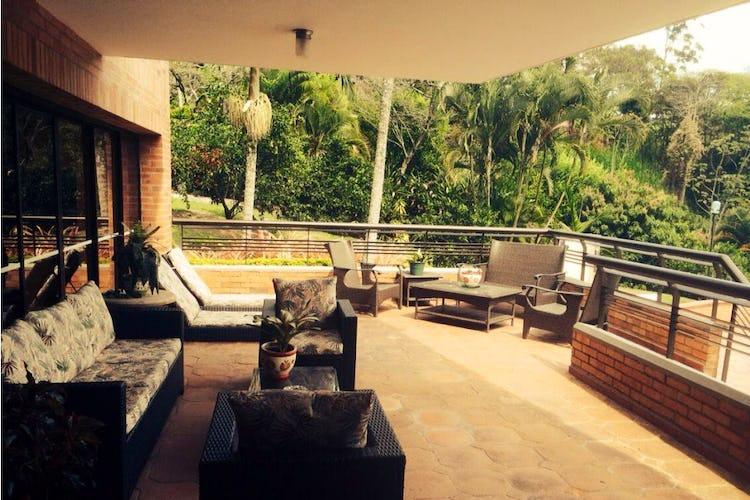 Foto 1 de Finca en Girardota, Medellin - 6700mt, piscina, siete alcobas