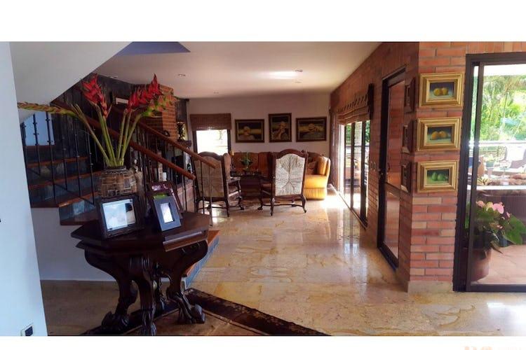 Foto 3 de Finca en Girardota, Medellin - 6700mt, piscina, siete alcobas