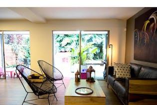 Casa en Loma del Atravesado, Envigado con 3 habitaciones - 140 mt2.