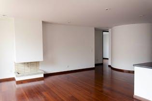 Apartamento en Chicó Navarra con 3 habitaciones, 124 mts