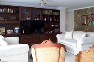 Apartamento en Laureles, Laureles - 125mt, tres alcobas, balcón