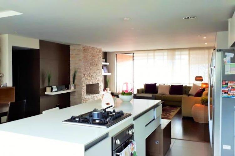 Foto 8 de Apartamento en El Tesoro, Poblado - 197mt, tres alcobas, dos balcones