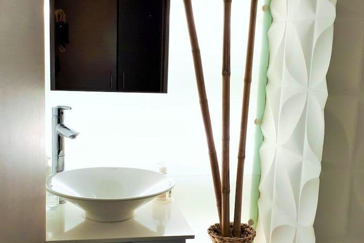 Foto 9 de Apartamento en El Tesoro, Poblado - 197mt, tres alcobas, dos balcones