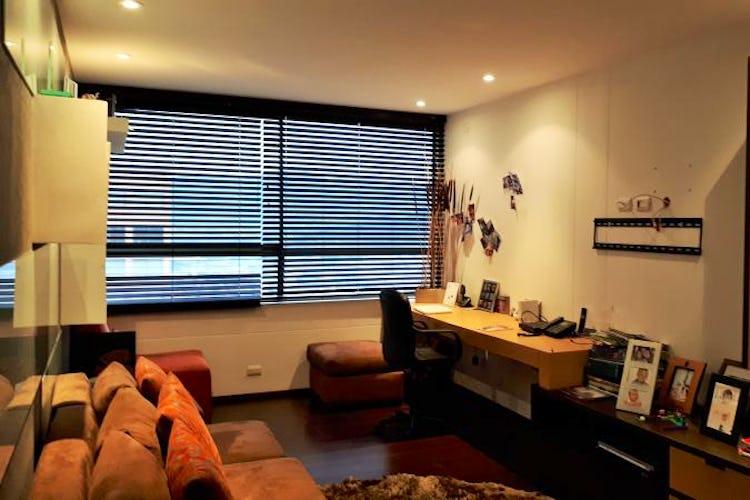 Foto 10 de Apartamento en El Tesoro, Poblado - 197mt, tres alcobas, dos balcones
