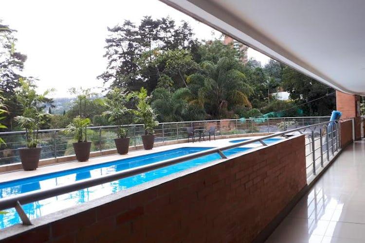 Foto 15 de Apartamento en El Tesoro, Poblado - 197mt, tres alcobas, dos balcones