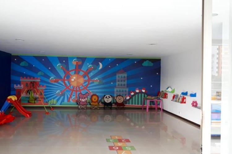 Foto 18 de Apartamento en El Tesoro, Poblado - 197mt, tres alcobas, dos balcones