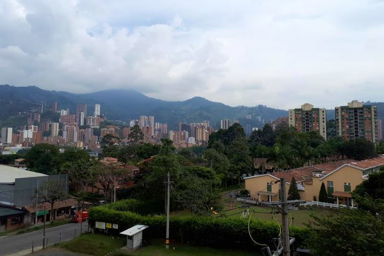 Foto 9 de Apartamento en La Estrella, Suramerica - 92mt, tres alcobas, dos balcones