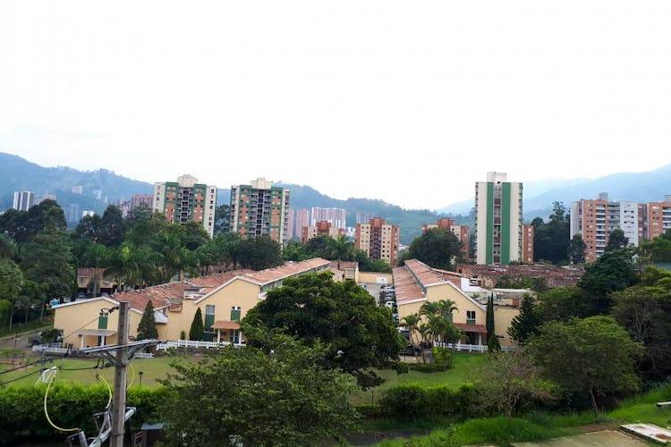 Foto 13 de Apartamento en La Estrella, Suramerica - 92mt, tres alcobas, dos balcones