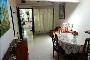 Apartamento en El Trianon, Envigado - 72mt, tres alcobas, balcón