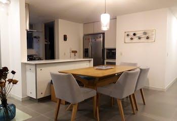 Apartamento en Venta en El poblado-Las palmas, excelente ubicación, con varios accesos.