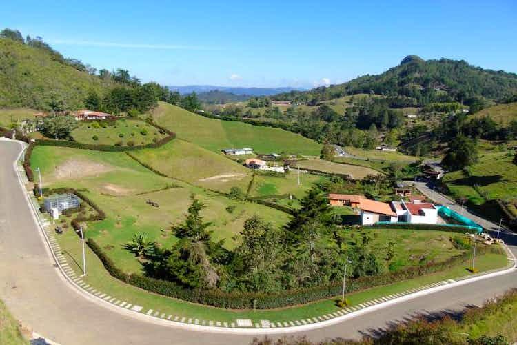 Portada Lote En La Ceja Via - Don Diego,cuenta con hermosa vista