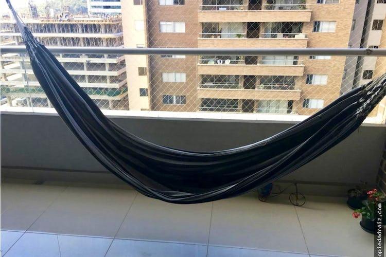Foto 2 de Apartamento  Ciudad del rio - Medellin, cuenta con tres habitaciones