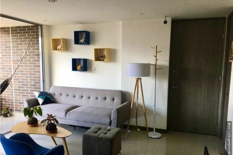 Foto 3 de Apartamento  Ciudad del rio - Medellin, cuenta con tres habitaciones