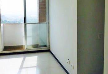 Apartamento en Santa Maria, Itagui - 53mt, tres alcobas, balcón