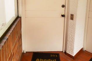 Apartamento en Pasadena, La Alhambra - 84mt, tres alcobas, deposito