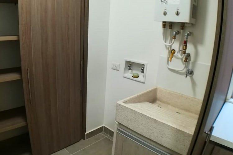 Foto 6 de Apartamento en Loma de las Brujas, Envigado - 114mt, dos alcobas