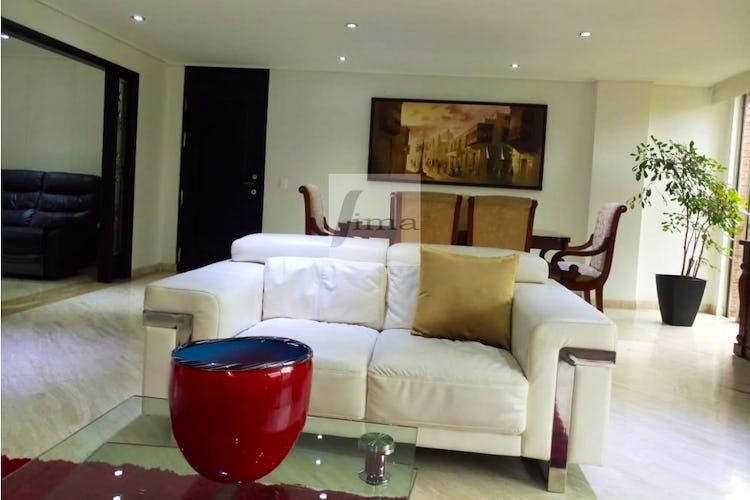 Foto 1 de Apartamento de 185m2 en el Poblado, el Tesoro - con tres habitaciones