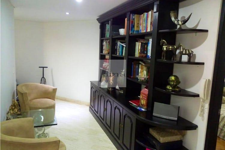 Foto 4 de Apartamento de 185m2 en el Poblado, el Tesoro - con tres habitaciones