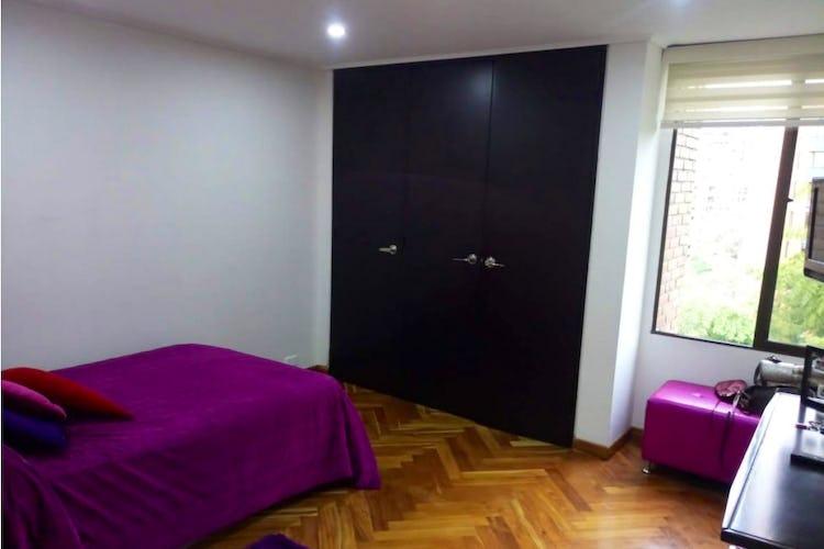 Foto 7 de Apartamento de 185m2 en el Poblado, el Tesoro - con tres habitaciones
