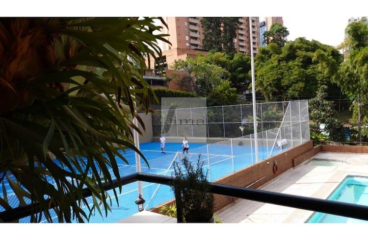 Foto 11 de Apartamento de 185m2 en el Poblado, el Tesoro - con tres habitaciones