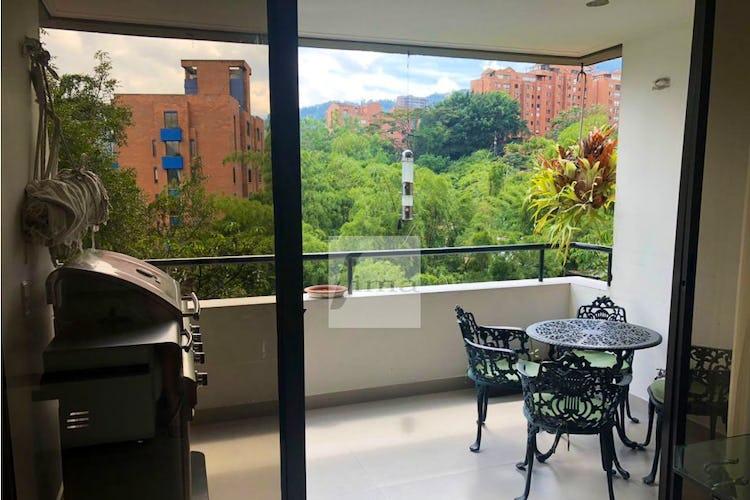Foto 14 de Apartamento de 185m2 en el Poblado, el Tesoro - con tres habitaciones