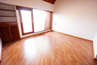 Casa de 166,54m2 en Colina Campestre 1 y 2 - de tres pisos