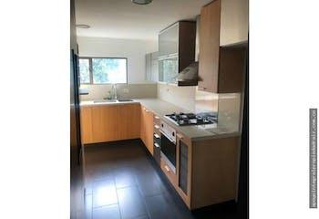 Apartamento Duplex Patio Bonito, El Poblado, 4 Habitaciones- 190m2.