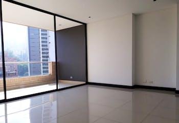 Apartamento en El Poblado, Los Balsos con 3 habitaciones y balcón - 162 mt2.