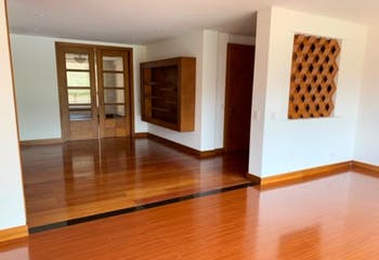 Apartamento En Bogota - Usaquén, cuenta con cuatro habitaciones