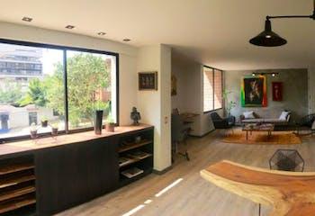 Apartamento en El Poblado, Las Lomas con terraza y bañera - 156 mt2.