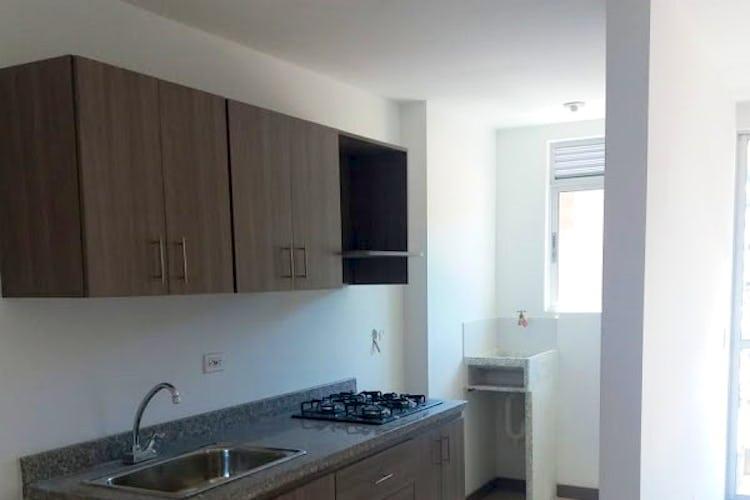 Foto 3 de Apartamento en  La Estrella con 3 habitaciones - 64 mt2.