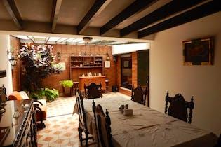 Casa en venta en Estoril de 4 alcobas